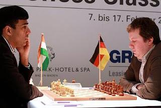 Echecs : Viswanathan Anand (2780) 1-0 Arkadij Naiditsch (2716) au Grenke Chess Classic Baden-Baden 2013