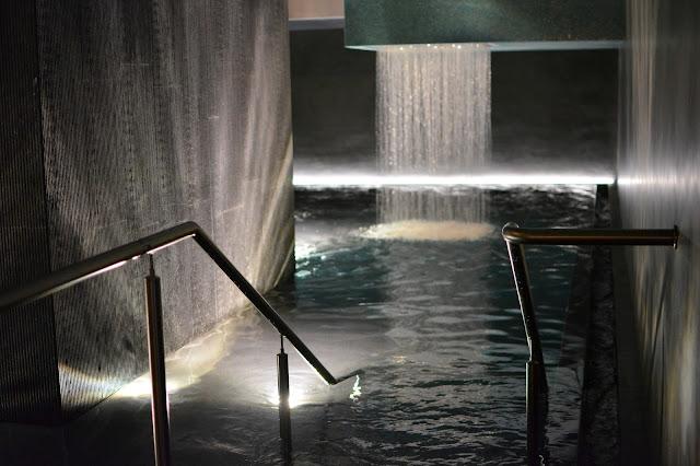 куда сходить в Женеве в спа. Банный комплекс Bain Bleu