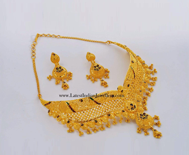 Yellow Gold Choker Necklace Set