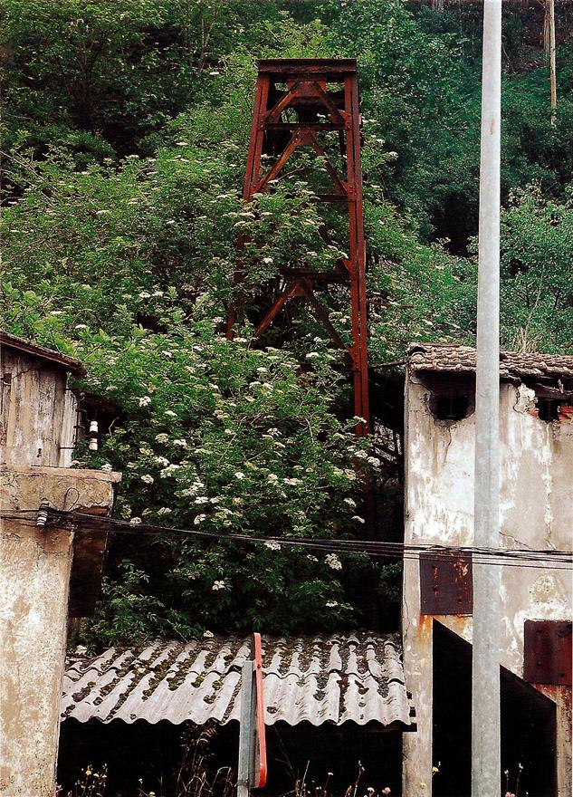 Castillete pozo La Peña, Mieres