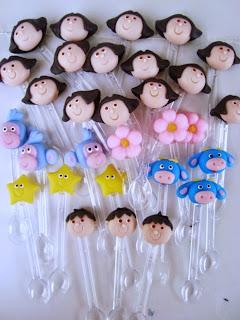 Colher de biscuit da Dora