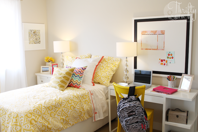 yellow girls bedroom decor ideas