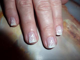 mejor que comenzar la semana (o terminarla) con unas uñas decoradas