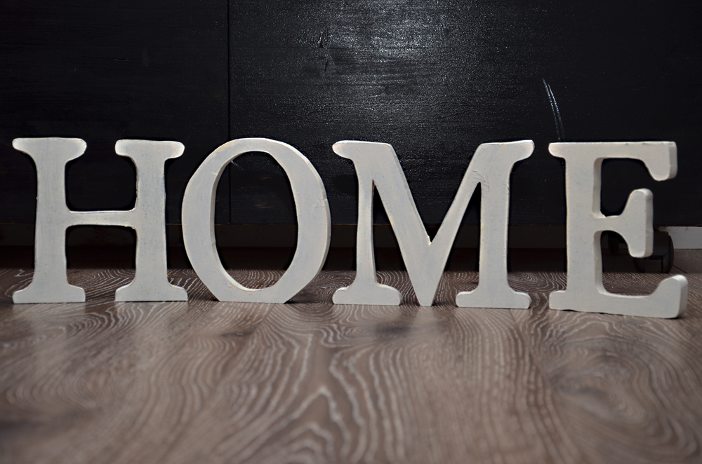 meine holztr ume dekobuchstaben aus holz. Black Bedroom Furniture Sets. Home Design Ideas