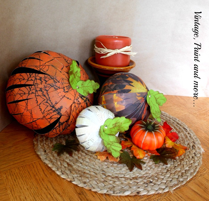 Vintage, Paint and more...Paper strips used to make pumpkins for fall vignettes