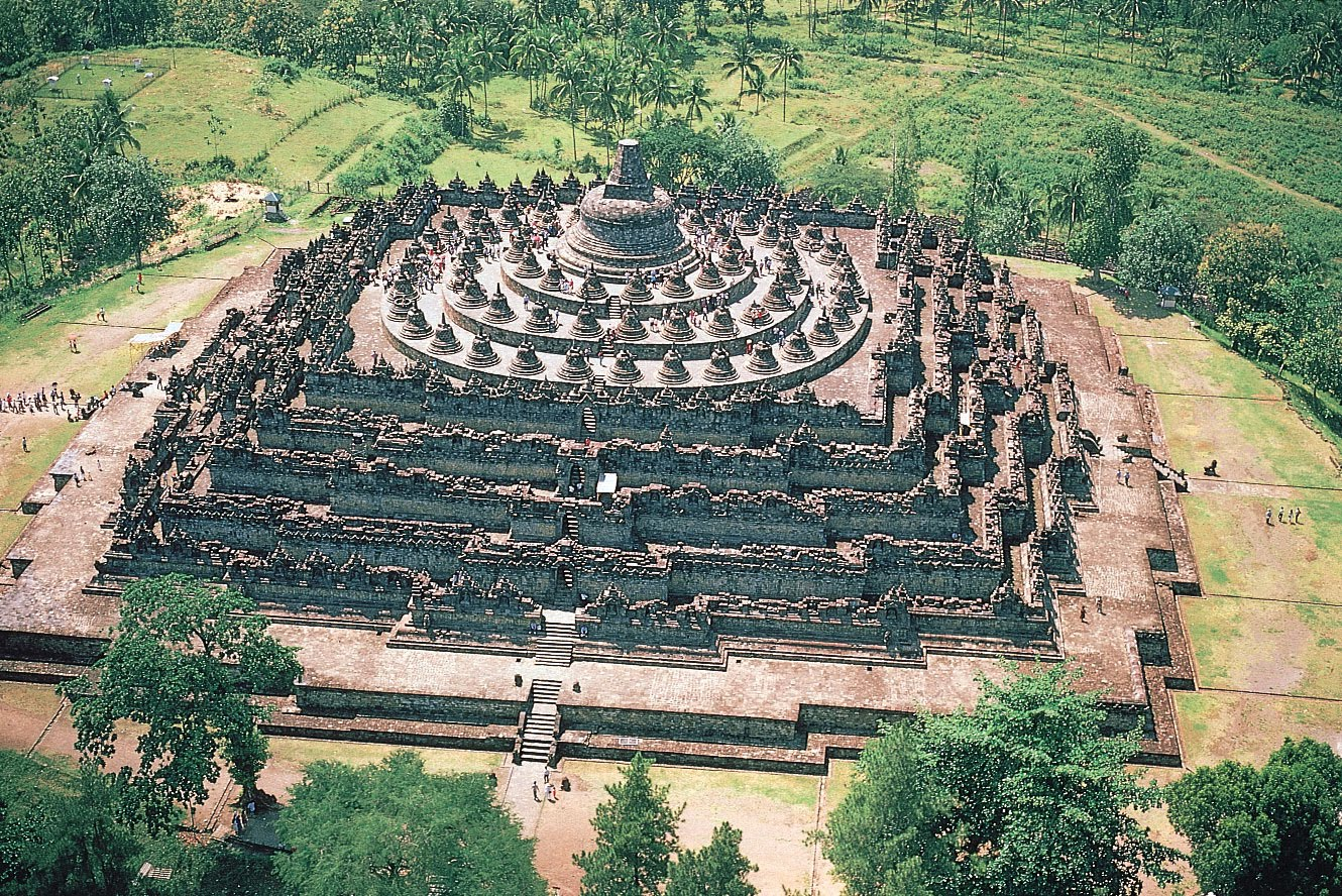 Borobudur Temple Indonesia2B1
