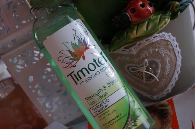 Pielęgnacja włosów z Timotei Róża z Jerycha - szampon + odżywka do włosów normalnych