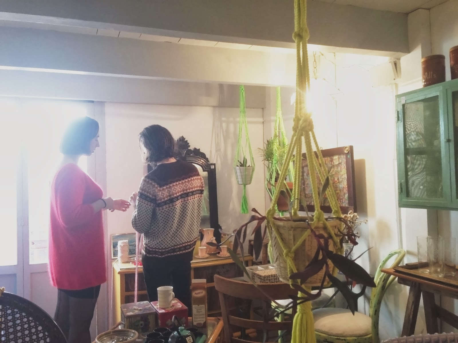 le petit pot: macrame plant hanger workshop in meublé - My Design Meuble