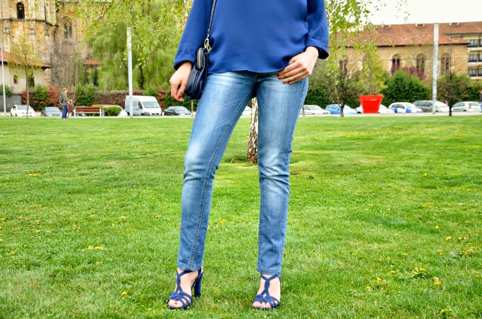 look-monocolor-azul