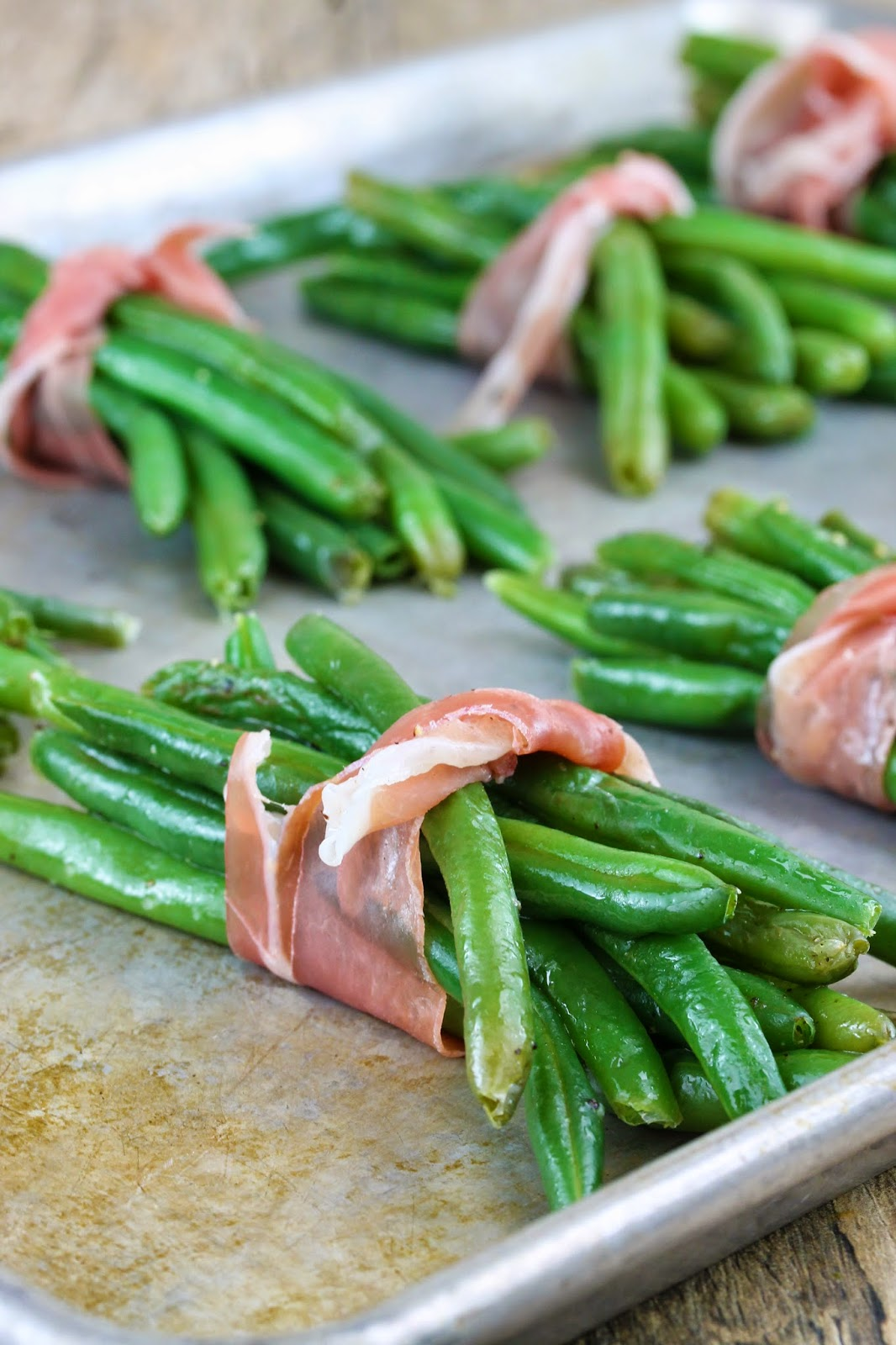 The Stay At Home Chef: Prosciutto Wrapped Green Beans