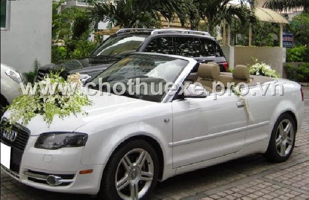 Cho thuê xe cưới Audi A4 màu trắng mui trần tại Hà Nội