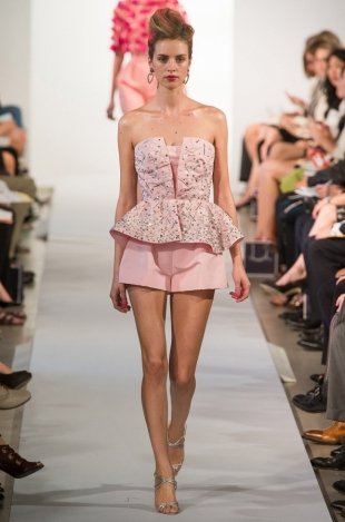Oscar-de-la-Renta-Spring-2013-Collection-30