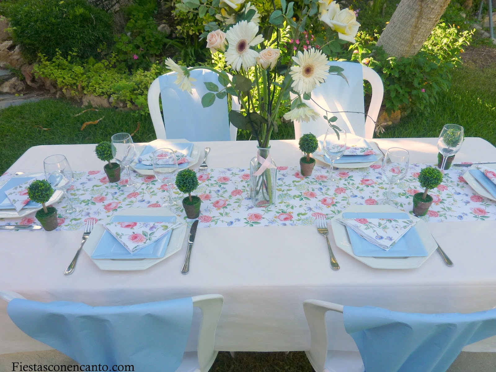 Fiestas con encanto buffet bautizo o comuni n econ mico - Mesas para comuniones ...