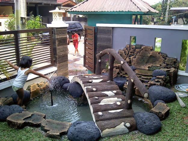 kolam taman minimalis depan rumah