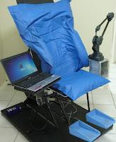 Auxilia no trabalho de Adequação Postural em Cadeira de Rodas