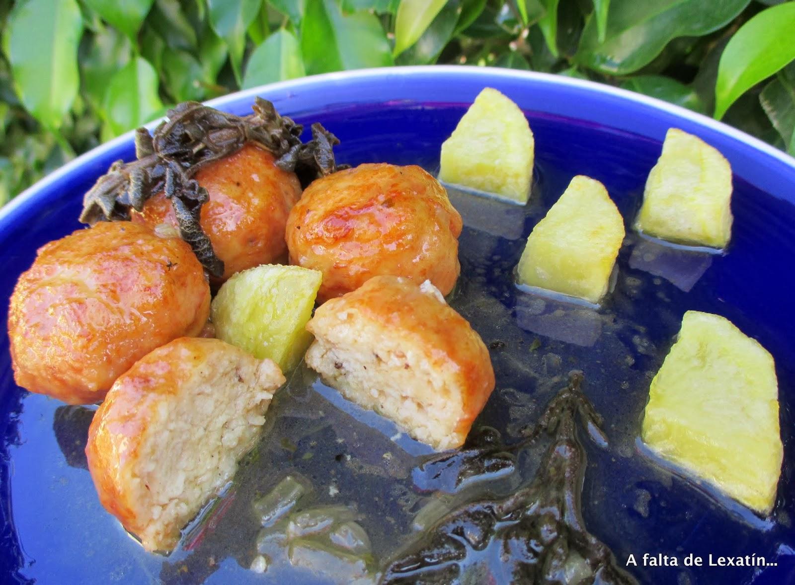Albóndigas de pollo en salsa de salvia y sidra