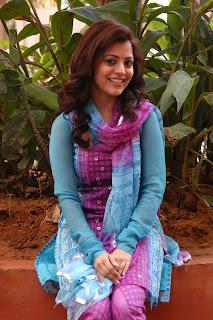 Nisha-Agarwal-Solo-Movie-Stills-CF-02.jpg
