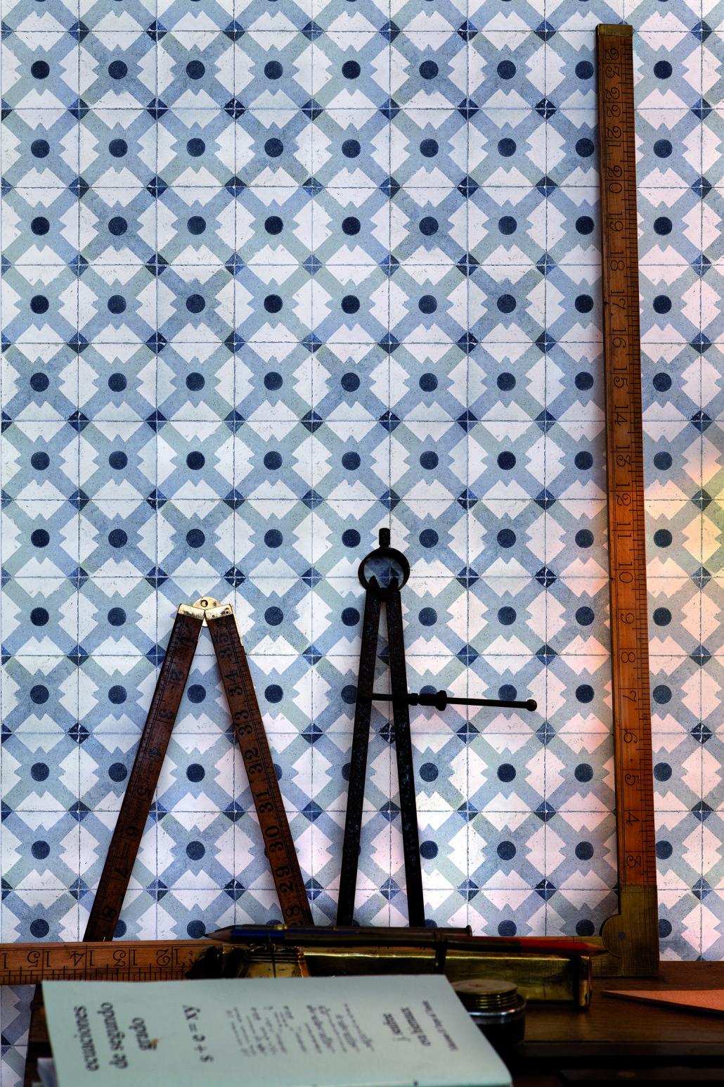 Papier peint saint maclou for Papier peint carreaux de ciment 4 murs