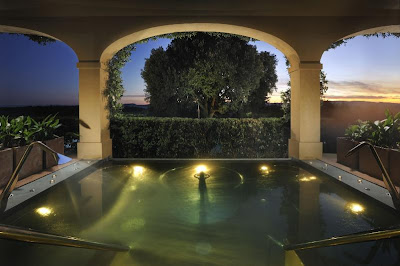 Spa, Vitality Pool, image via Castell del Nero website, edited by lb for linenandlavender.net: http://www.linenandlavender.net/2010/01/design-daily-hotel-feature-castello-del.html