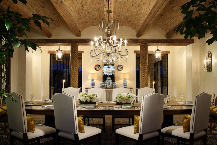 Dining table of Luxury Villa Del Lago