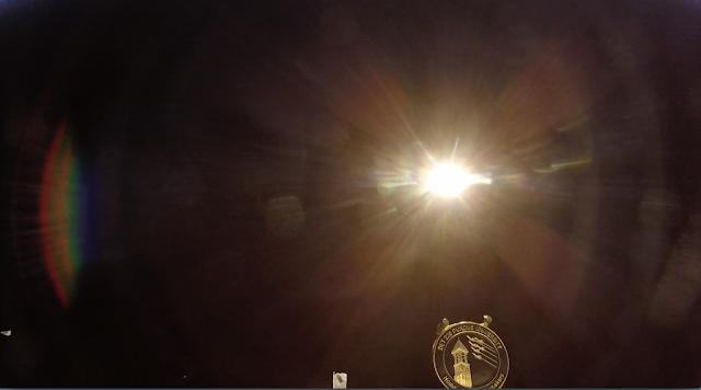 Sinar matahari yang menyilaukan terekam GoPronya