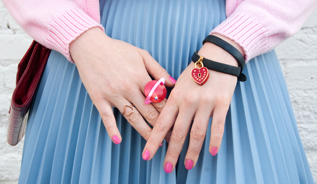 tatty devine, planet ring, hand candy