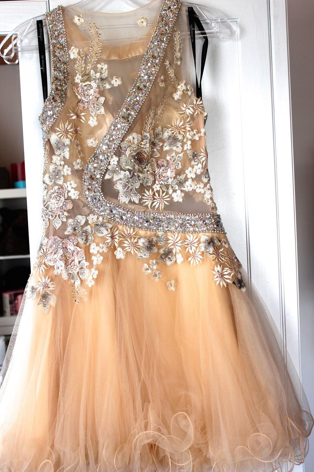 Ziemlich Finden Mich Ein Kleid Bilder - Brautkleider Ideen ...