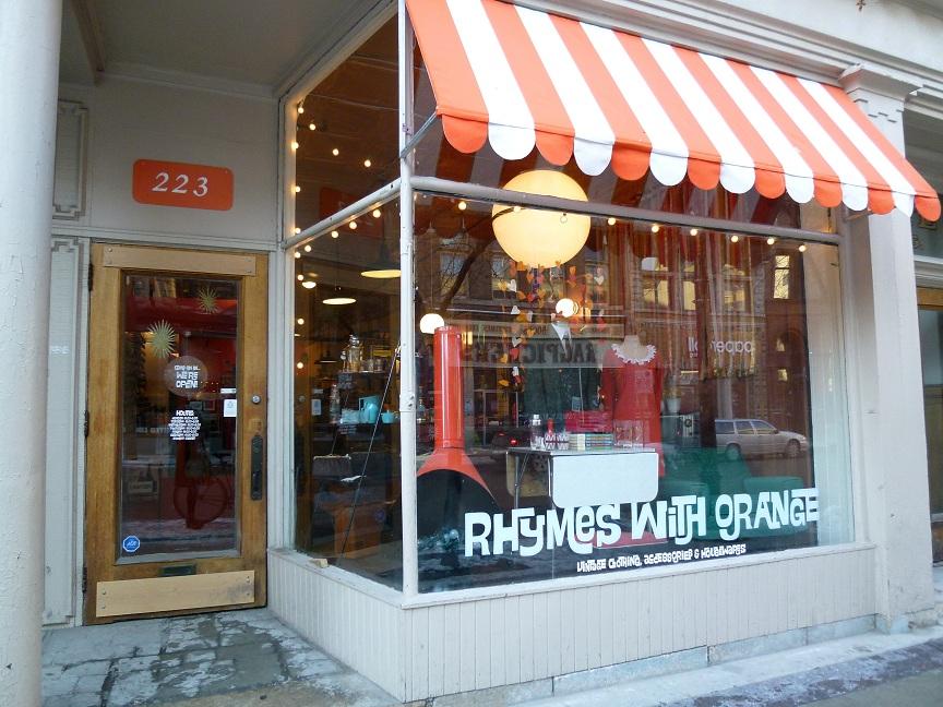 Winnipeg Vintage Reviewed Rhymes With Orange