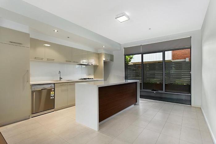 Casas minimalistas y modernas cocinas ultramodernas ii for Cocinas ultramodernas