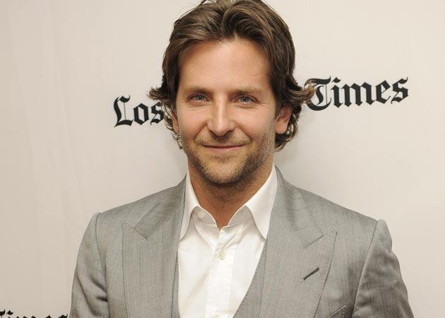 Bradley Cooper All Hairstyles | Men Hairstyles , Short, Long, Medium ... Bradley Cooper