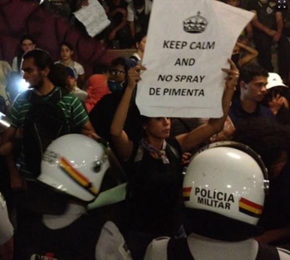 Os Melhores Cartazes das Manifestações no Brasil