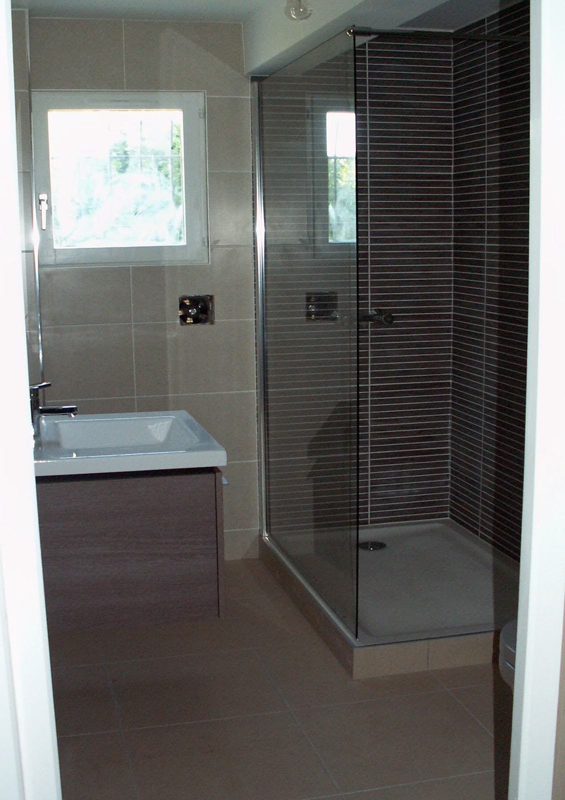 salle de douche avec toilette julienbugnetcarrelage. Black Bedroom Furniture Sets. Home Design Ideas