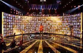 Agar Foto Kita Muncul di Layar Raksasa Rising Star Indonesia