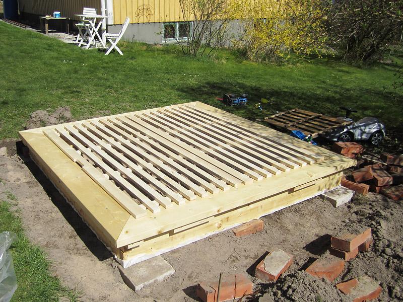 bygga lock till sandlåda