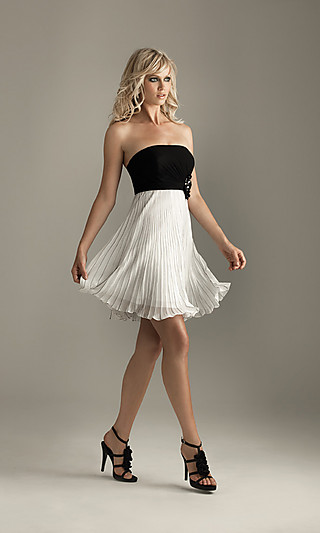 Strapless+Black+And+White+Short+Dress