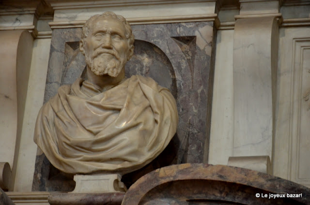 Florence - basilique Santa Croce - tombeau de Michel Ange