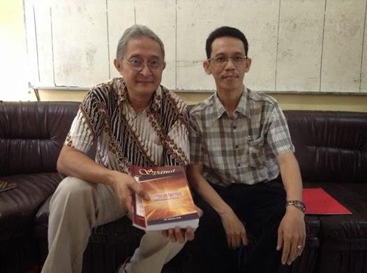 Kunjungan Bapak Arifin Pramono, Library of Congress Overseas Office Acquisition Spesialist dalam rangka mendata jurnal dan buku karya dosen STAIN Samarinda