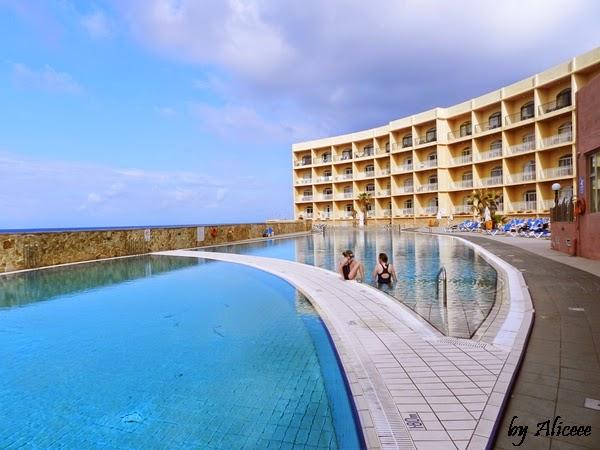 piscina-impresii-hotel-paradise-bay-malta