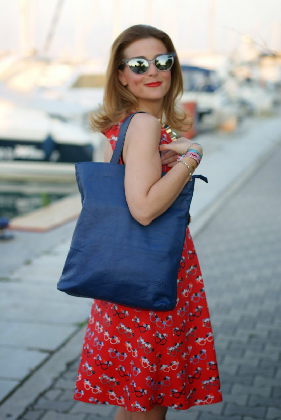 nava design shopper bag, yumi glasses print dress, Fashion and Cookies, fashion blogger
