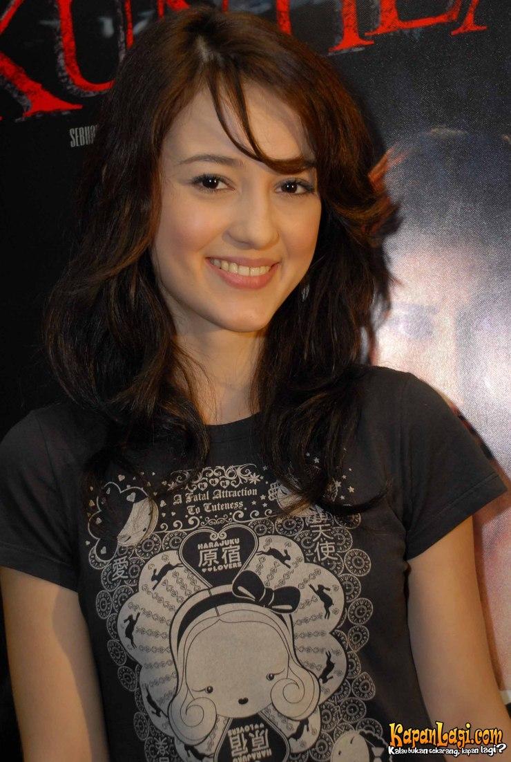 The Beautiful Profile Julie Estelle Indonesian Actresses