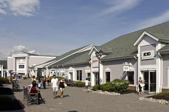 Empire Outlets is the retail centerpiece of New York City's newest entertainment district on Staten Island's waterfront. This world-class shopping destination is located at the base of the St. George Ferry Terminal, a minute free ferry ride from Manhattan.