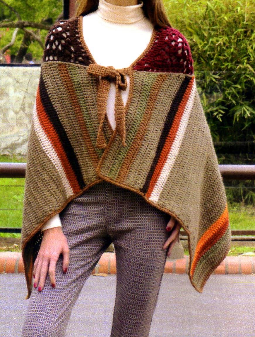 poncho vintage tejido en crochet (frente)