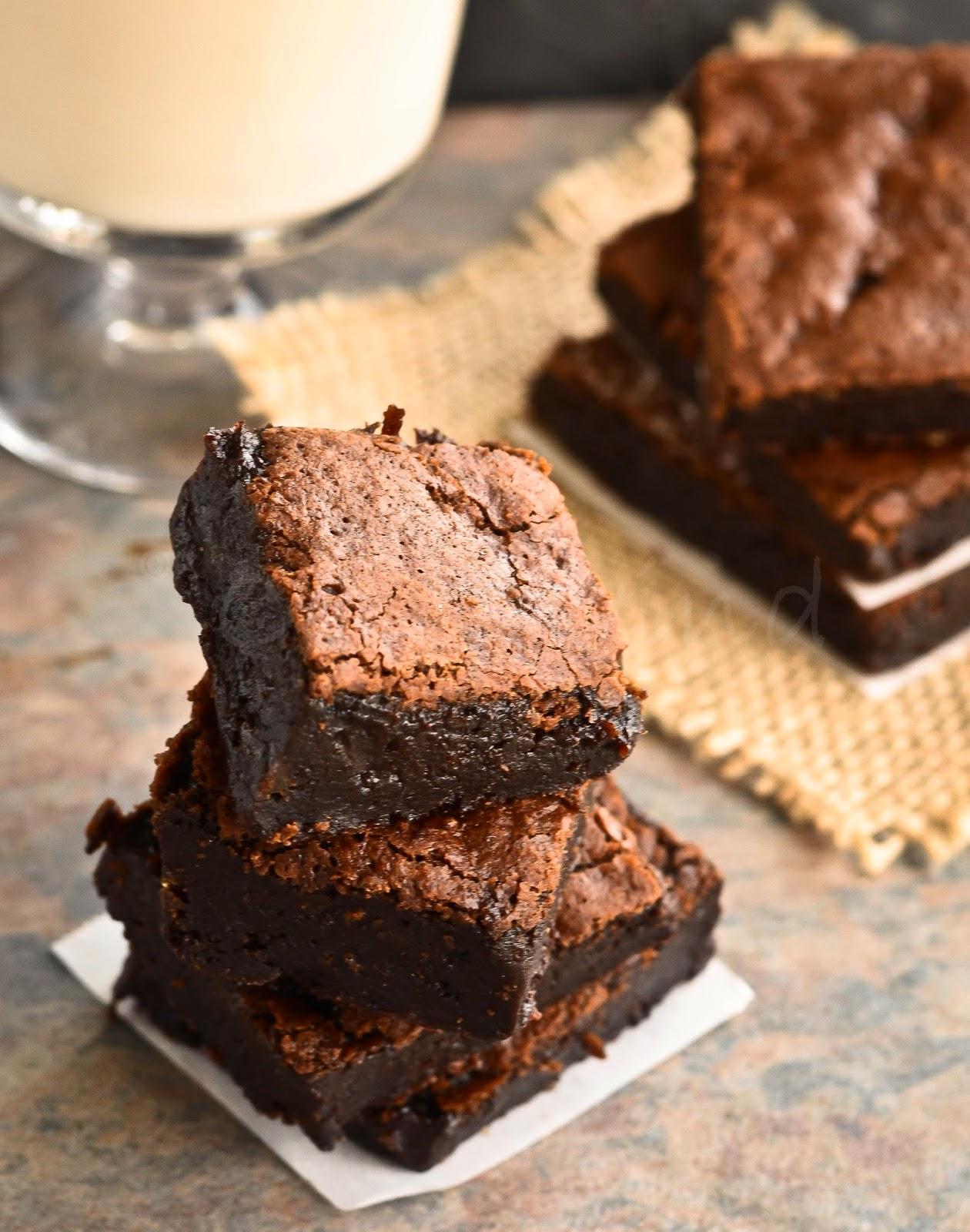 Eggless Chocolate Brownie: Fudgy & Chocolaty