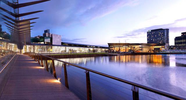 03-Melbourne-Convention-and-Exposición-Centre-por-Woods-Bagot