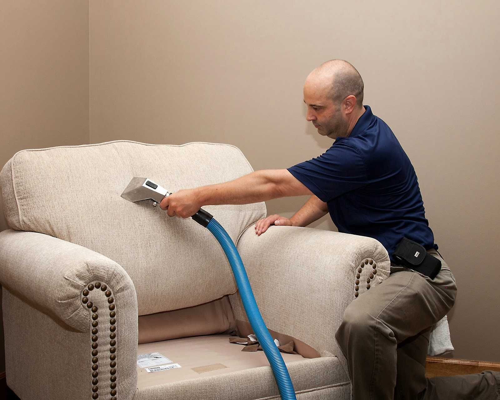 Morck Cleaning How To Steam Clean Upholstered Furniture