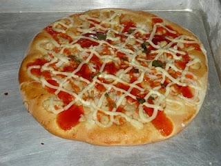 Cara membuat roti pizza