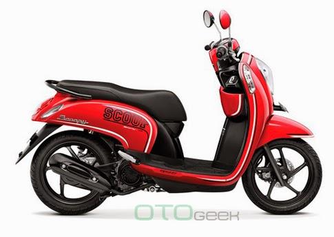 Scoopy Fi Sporty Merah