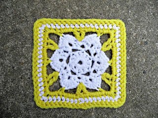 http://www.ravelry.com/patterns/library/primrose-square-3