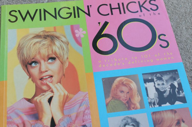 Swingin' Chicks of the 60's