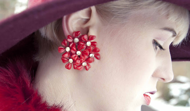 dotti's, earrings, vintage, flower, red